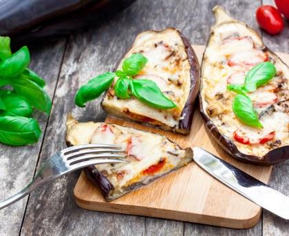 Eggplants stuffed with mozzarella