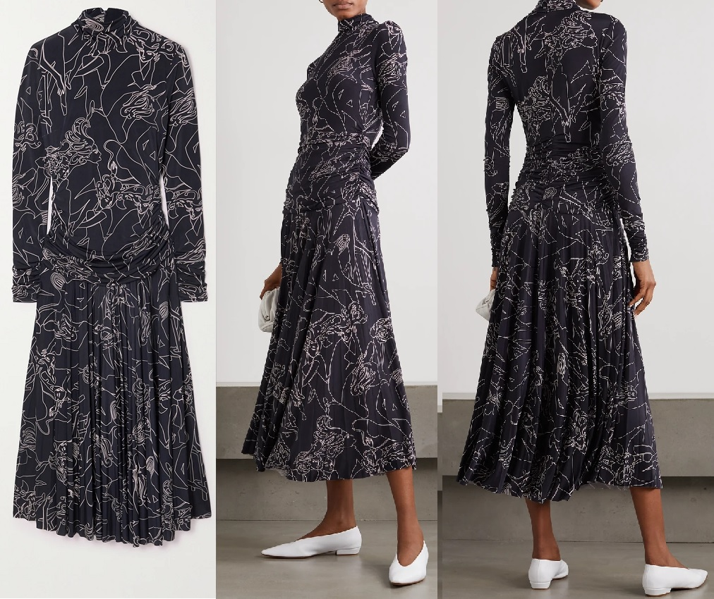 Sophie was wearing a Victoria Beckham Pleated printed stretch-crepe turtleneck maxi dress