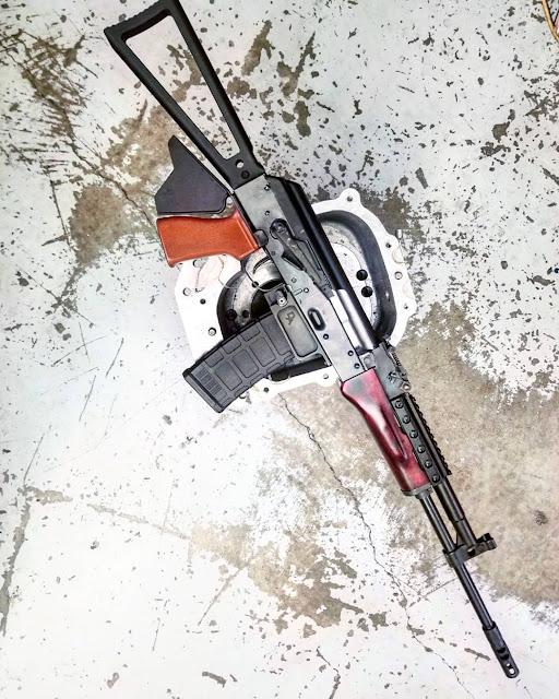 m13-Industries-556-Rifle-Finned-grip-sharkfin