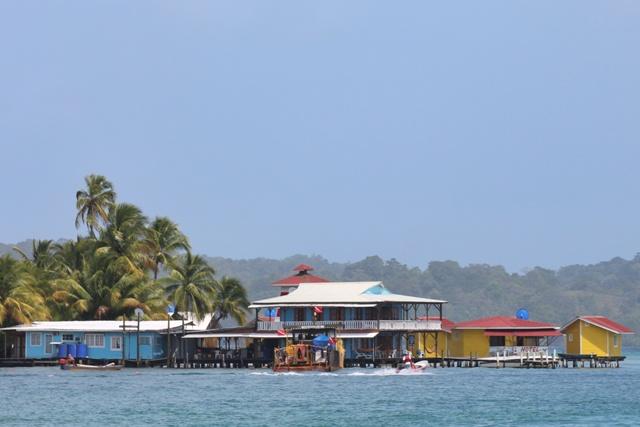 Isla Carenero desde Bocas del Toro