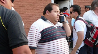 Ayer se presentó en la fiscalía de manera voluntaria y entregó su celular, donde tendría mensajes del árbitro detenido Martín Bustos.