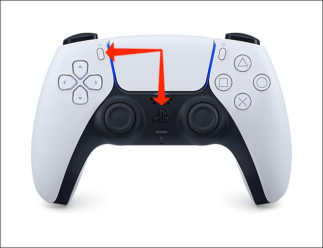 اضغط مع الاستمرار على زر PlayStation والزر Create لوضع وحدة تحكم PS5 في وضع الاقتران بالبلوتوث