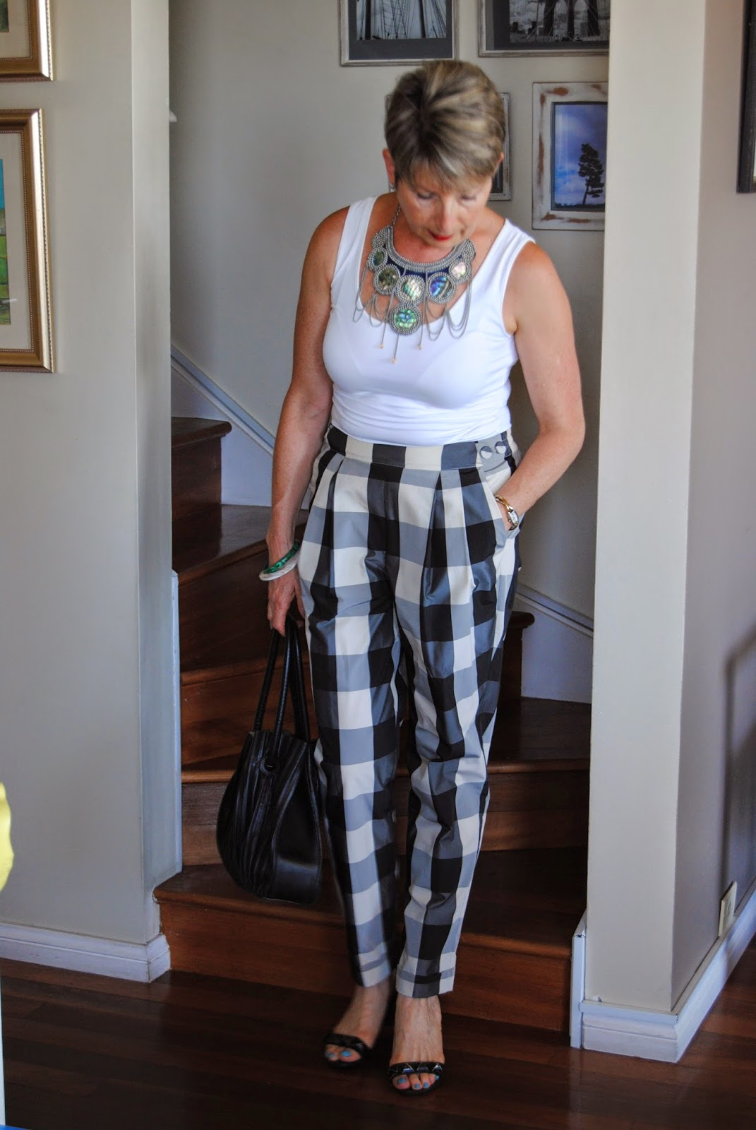 black+white squared pants