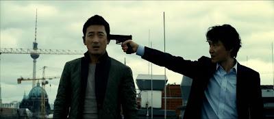 http://1.bp.blogspot.com/-nVNIixdf_1g/UqsCsukmGQI/AAAAAAAABCw/34A0oi4uiGg/s1600/The+Berlin+File+2013+Korean+movie+%25281%2529.jpg