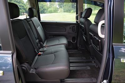 Interior Kabin Nissan Serena C26