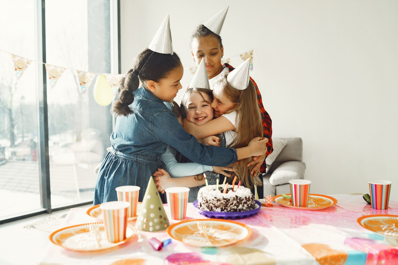 snackenglish, snack, english, party, birthday, friends, shebang, feast