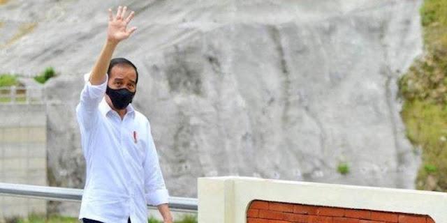 Survei SMRC: Mayoritas Publik Tidak Setuju Jokowi Nyalon Lagi Di Pilpres 2024
