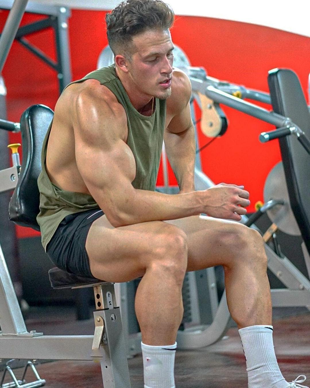 fit-sweaty-gym-hunks-brandon-anthony-flihan-big-biceps