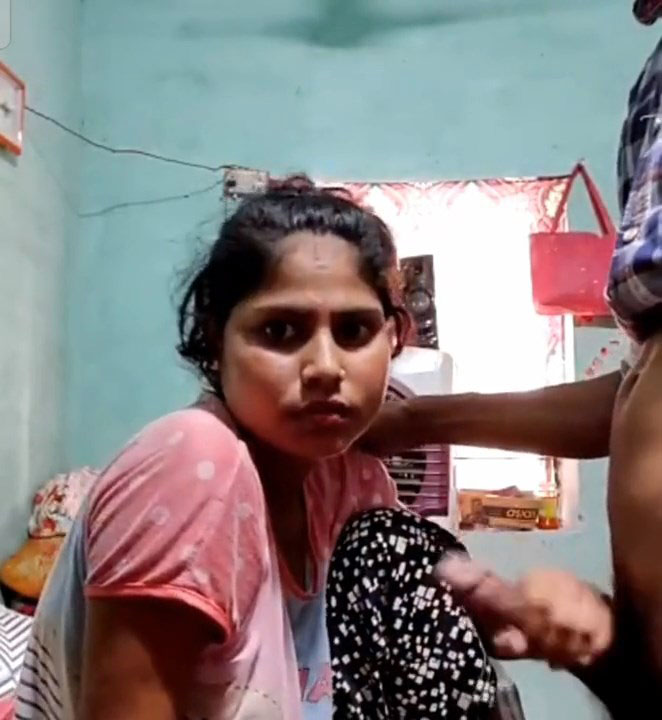 Desi Bhabhi Blowjob and Fucked