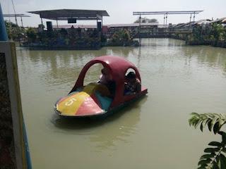 Wisata Tengah Sawah Grobogan