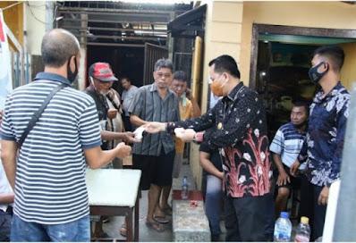 Gelorakan Sulut Bermasker, Pjs. Gubernur Sulut Agus  Fatoni Bagi - bagi Masker di Manado