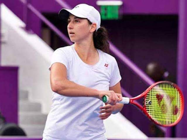 إيناس إيبو تتأهل إلى الدور الثاني لدورة المنستير الدولية لتنس