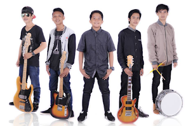 Download Kumpulan Lagu Laoneis Band Mp3 Full Album ( Indi )