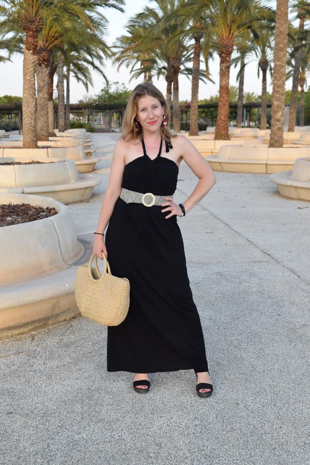 Long_black_dress
