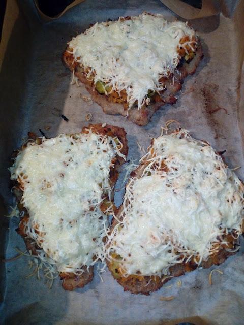 schabowe zapiekane z warzywami i serem schabowe z piekarnika inne kotlety schabowe danie ze schabu schab na obiad