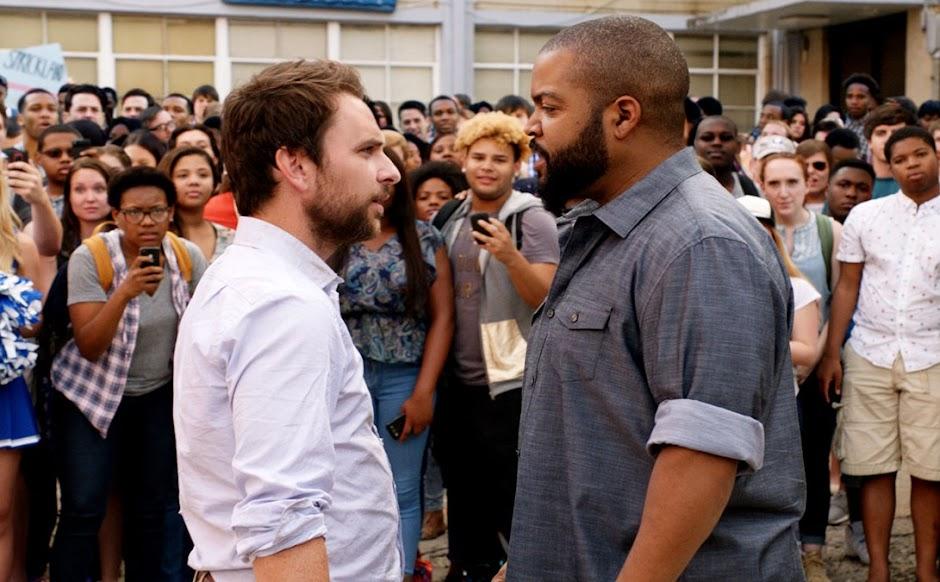 Te Pego na Saída | Ice Cube vs Charlie Day no 2º trailer da comédia