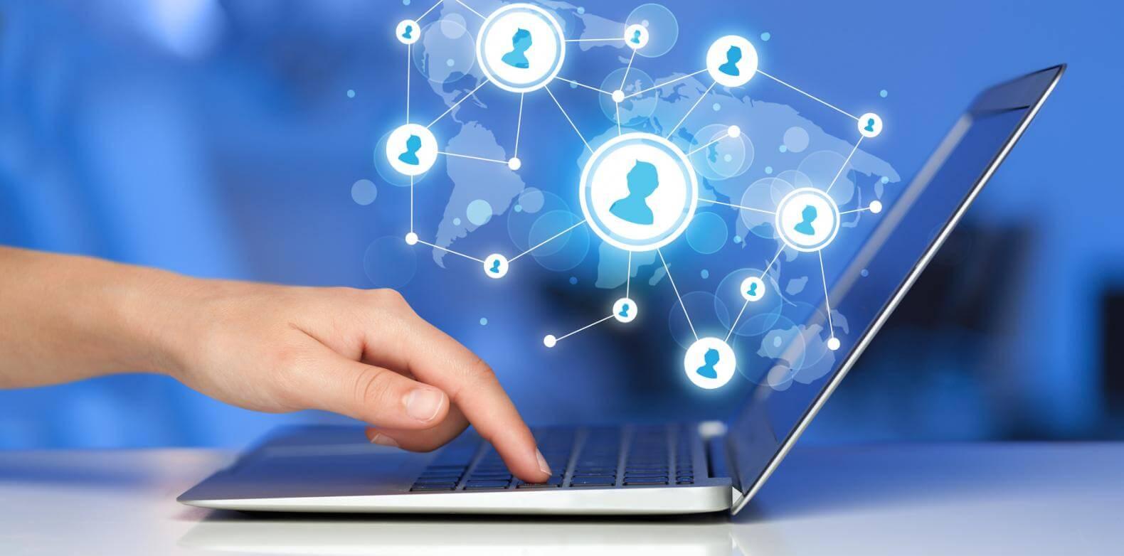 10 طرق للربح وكسب المال من الشبكات الإجتماعية