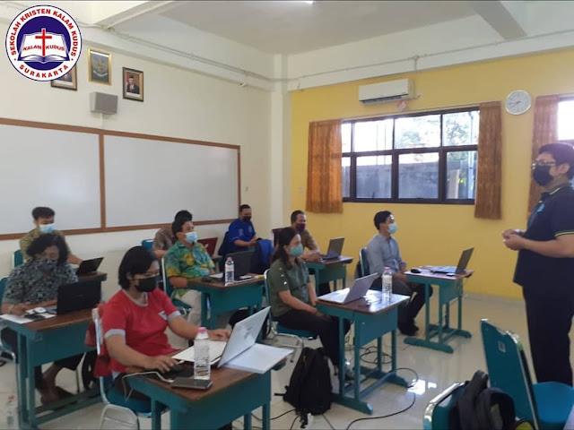 Pelatihan MGMP Teknologi Informasi dan Komunikasi (TIK) SKKK Surakarta
