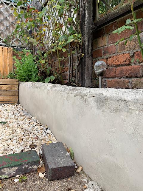 Rendered garden bed