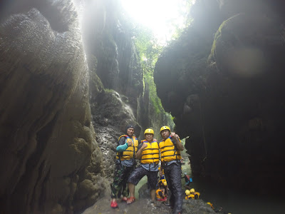 http://www.gobodyrafting.com/2017/01/telusur-green-canyon-pangandaran.html
