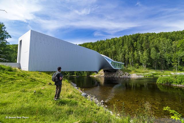 Museo Kistefos, el twist - Noruega, por El Guisante Verde Project