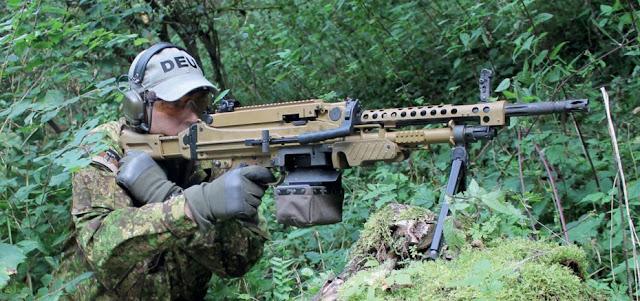 HECKLER & KOCH HK-121/ MG-5. A nova metralhadora de uso geral do Bundeswehr!