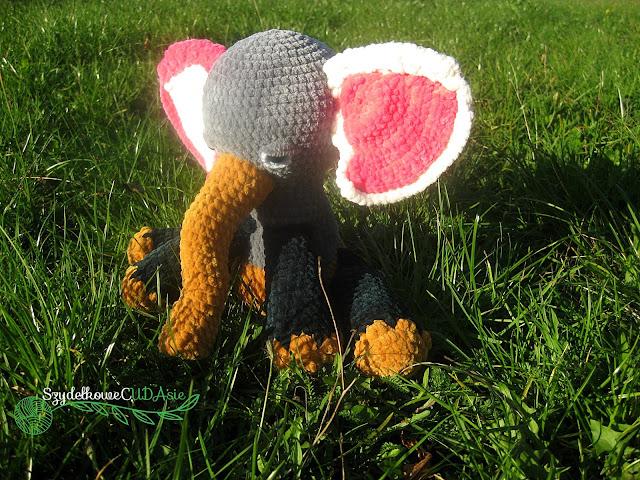 Szydełkowy słoń - Czytaj więcej »