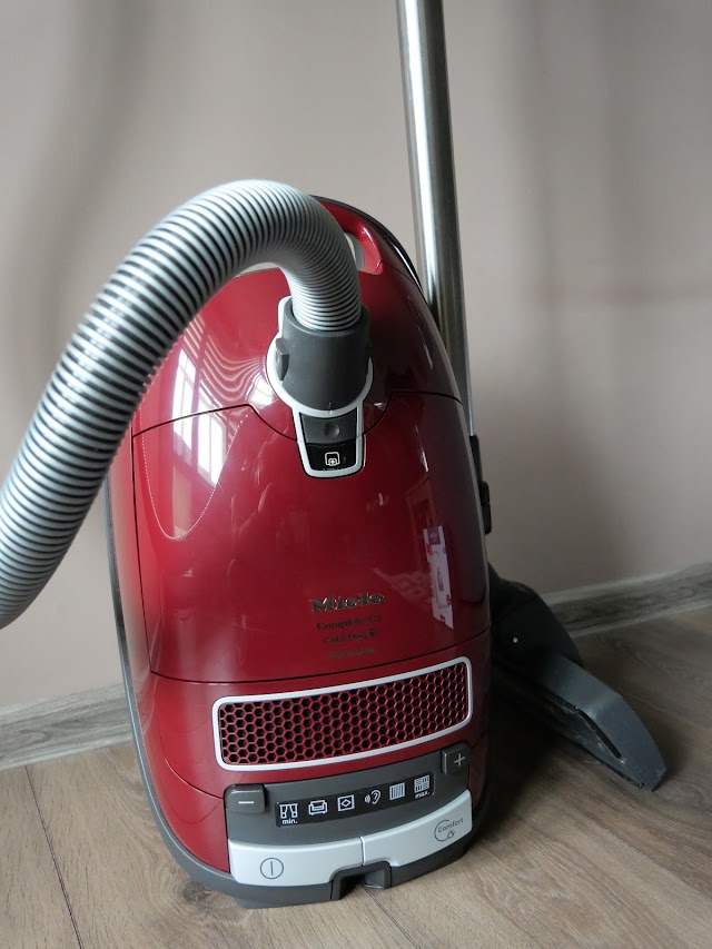 Miele Complete C3 Cat & Dog PowerLine vacuum cleaner opinion in 2020