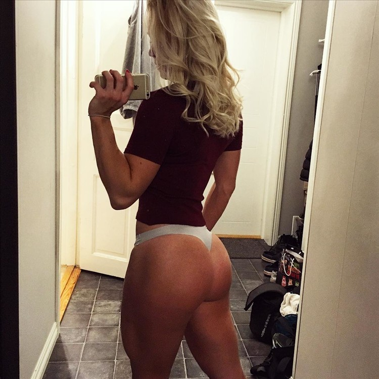 Beautiful Body fitness girl Denice Moberg