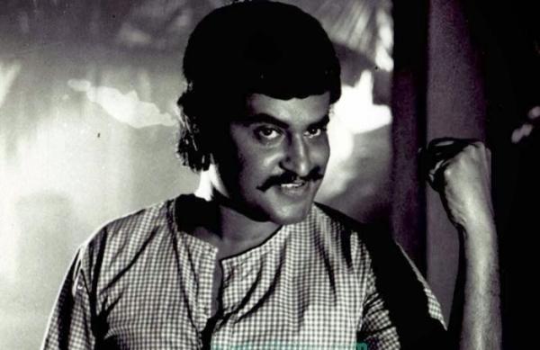 Podhuvaaga En Manasu-Murattu Kaalai