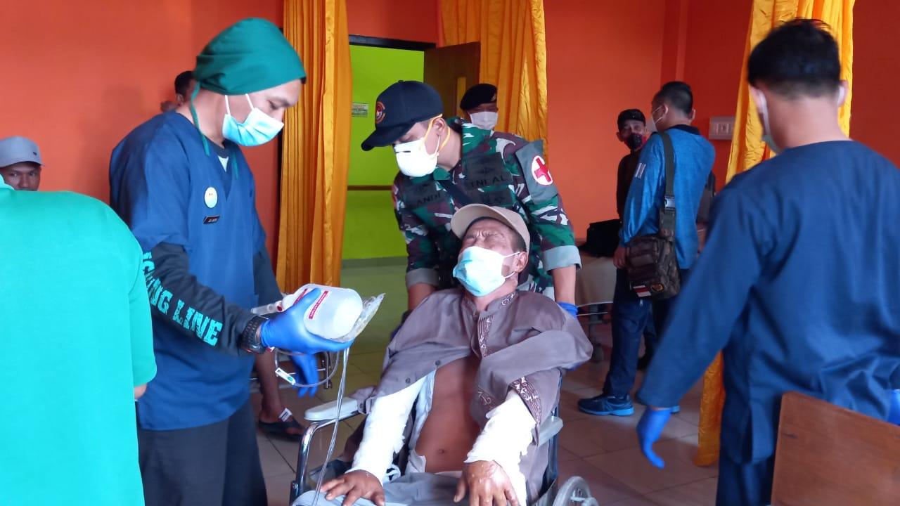 Setelah Sembuh, Tim Medis RSUD Natuna Mengantar Tiga Orang Korban dari Terbakarnya Kapal di Perairan Natuna
