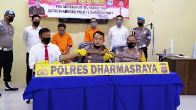 Polres Dharmasraya Bekuk Dua Pengedar Shabu Bersenjata Rakitan