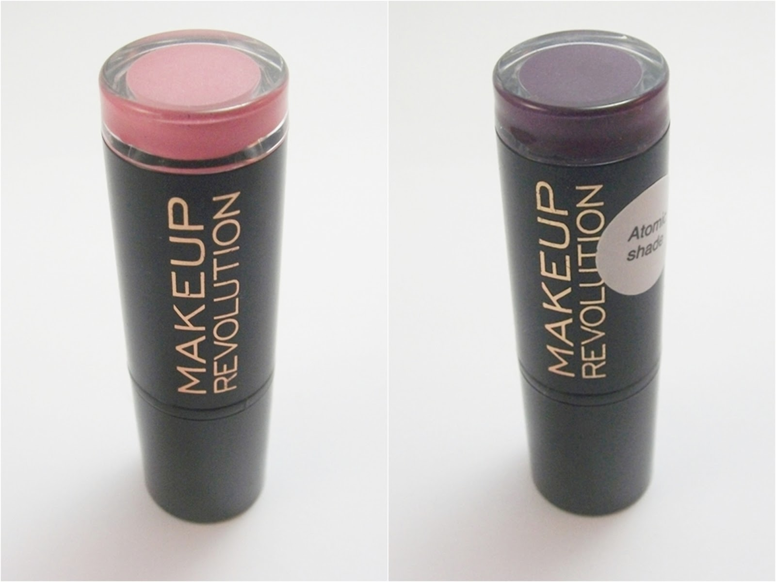 Makeup Revolution Dusky, da linha Amazing Lipstick e Make It Right, da linha Atomic Shade