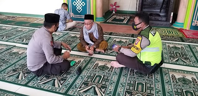 Kapolsek Tempeh Berikan Himbuan Ke Takmir Masjid Terkait Pelaksanaan Shalat Terawih