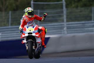Andrea Iannone Incar Kemenangan di MotoGP Brno Ceko 2016