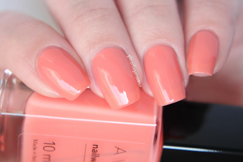 Avon New Nailwear Pro Spring Shades Glitterfingersss In English
