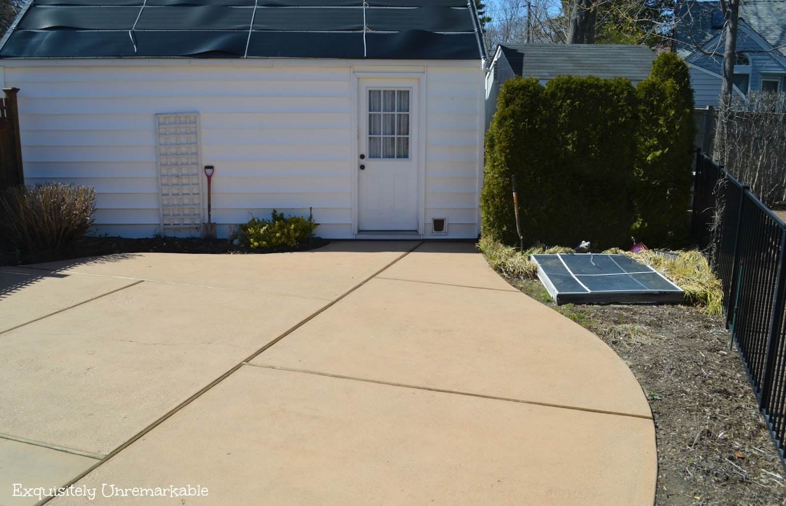 How To Stain A Concrete Patio |Exquisitely Unremarkable