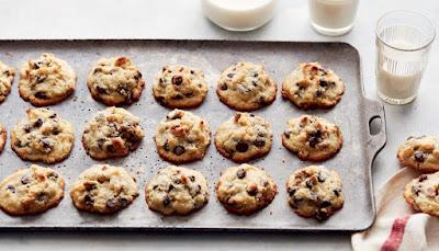 Passover Best Keto Chocolate Chip Cookies Recipe