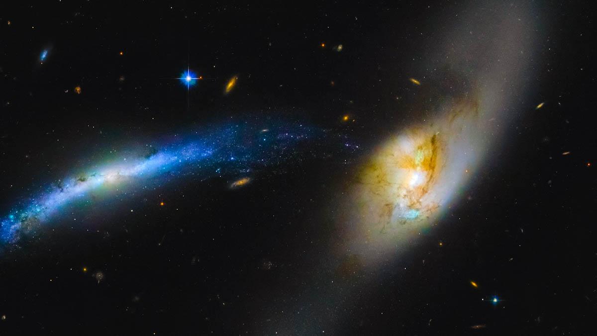 Telescópio Hubble flagra tromba d'água galáctica