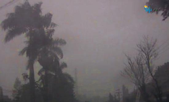 BMKG Keluarkan Peringatan Dini Cuaca Ekstrem Wilayah Jateng Tiga Hari ke Depan