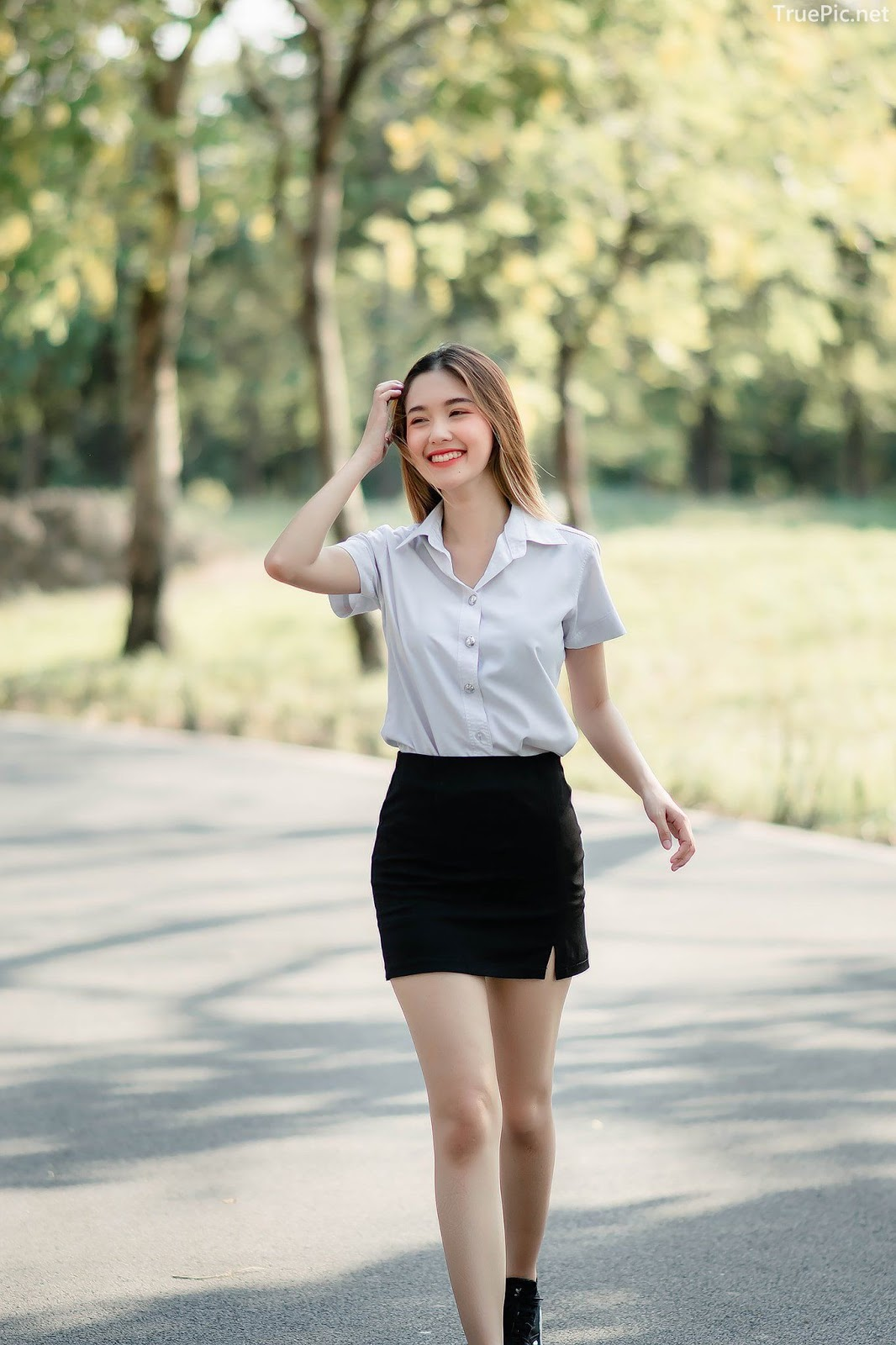 Image-Hot-Girl-Thailand-Pitcha-Srisattabuth-Cute-Student-With-a-Sweet-Smile-TruePic.net- Picture-10
