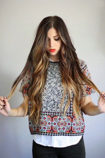 Loose wave hair with shiny Finish