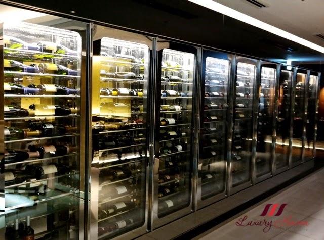 keio plaza hotel teppan yaki yamanami wine cellar