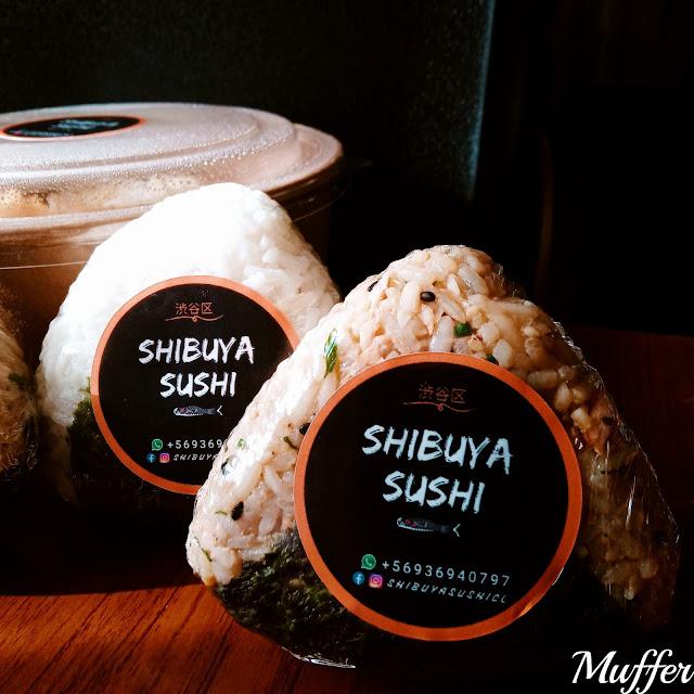 Shibuya Sushi - Onigiris x 2 (vegano y salmón asado)