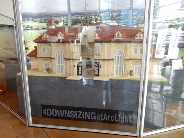 Miniature Downsizing mansion model