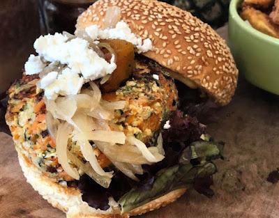 Kafe dan Restoran di Bali Yang Organic dan Romantis