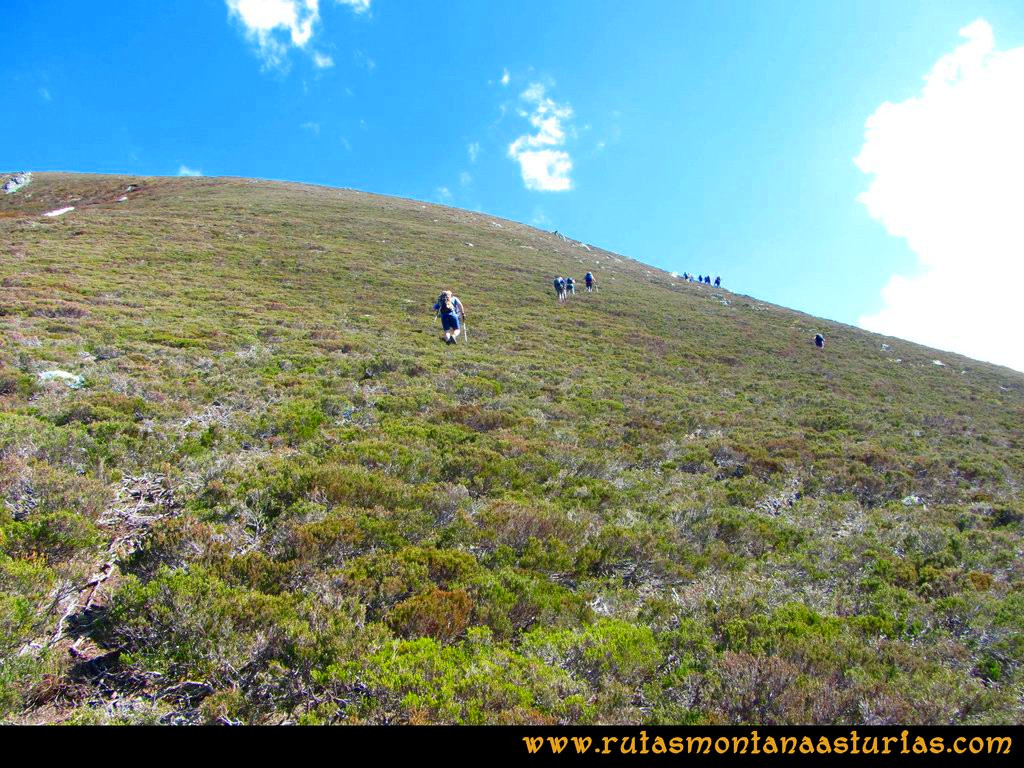 Transcantábrica Tarna-Ponga: Subiendo el Pozúa