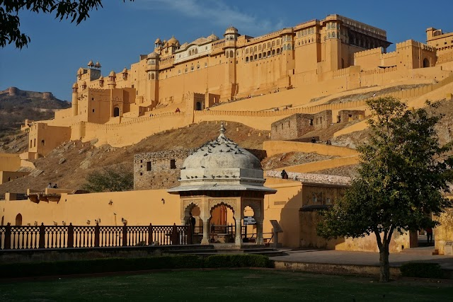 अमेरच्या किल्ल्याचे रहस्य मराठी मधे   Amber fort - Jaipur Information in marathi