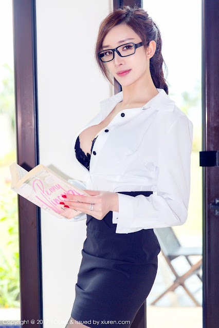 Hot and sexy big boobs photos of beautiful busty asian hottie chick Chinese booty model Zhou Yan Xi photo highlights on Pinays Finest sexy nude photo collection site.
