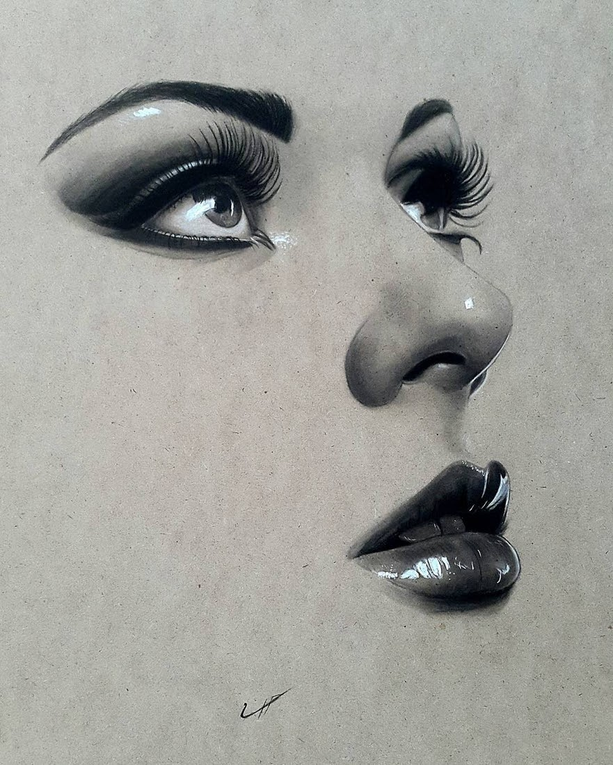04-Husam-Waleed-Minimalist-Realistic-and-Stylized-Charcoal-Portraits-www-designstack-co